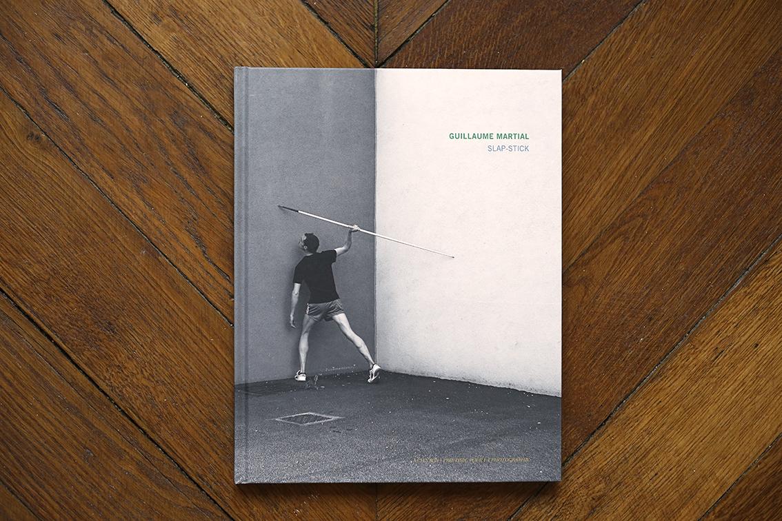 SLAP-STICK, monograph - Actes Sud Edition / Prix HSBC pour la Photographie - 22 x 28 cm - 104 pages, 2015