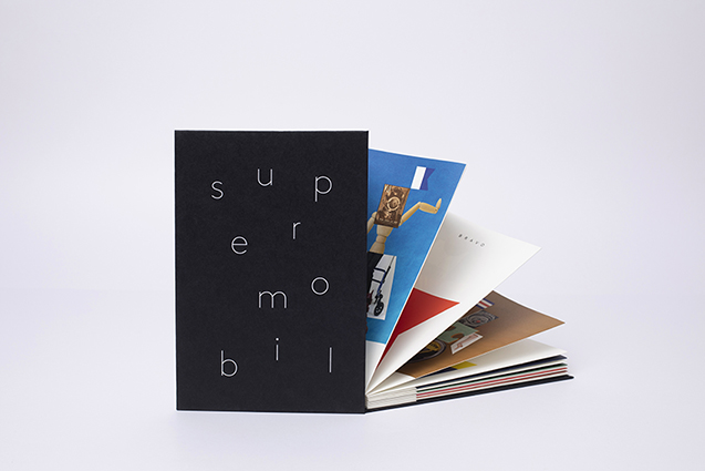 SUPERMOBIL – Leporello – 28 pages RV - 22,5 x 15 cm – Offset print - 200ex - Credit photo Ghislain Mirat